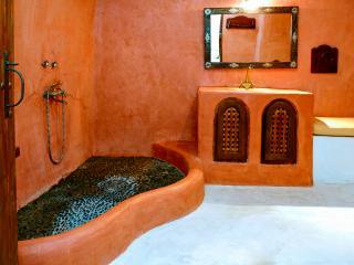 Small Romantic Villa for Two on Santorini  - Villa Petros - Megalochori vacation rentals