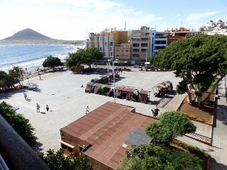 1 Bedrrom apartment front main beach in el Medano - El Medano vacation rentals