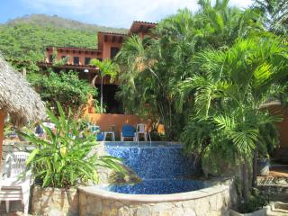 Accommodation for your holiday near beach - Ixtapa vacation rentals