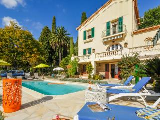 Charming House with Private Outdoor Pool and DVD Player - Vence vacation rentals