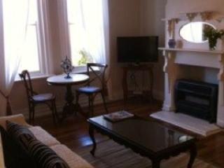 Gorgeous House with Television and DVD Player - Goulburn vacation rentals
