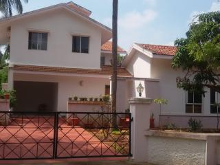 Sunny villa and Farm stay. - Bangalore vacation rentals