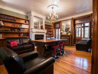 Beautiful 4 bedroom Condo in Montreal - Montreal vacation rentals