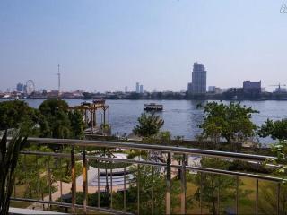 Stunning Riverfront Condo in BKK - Bangkok vacation rentals