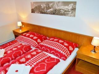 Apartment Niederau Tennladen direkt am Skilift 2 - Niederau vacation rentals