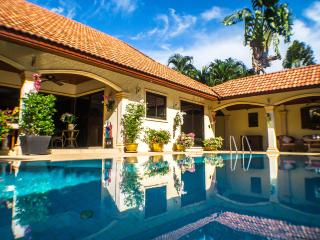 The Coconuts Villa - Luxury 3 Bedroom Pool Villa - Rawai vacation rentals
