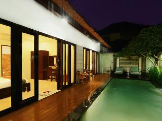 Villa Abimanyu - 5 Bedrooms / 2 Villas Side by Side / 2 Pools / Sleeps up to 10 - Seminyak vacation rentals