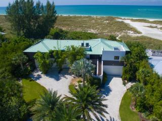 Yellowfish, an exceptional Gulf front rental home - Anna Maria vacation rentals