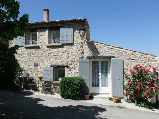 Maison des Rêves avec Piscine Chauffée à 27° DROME - Nyons vacation rentals