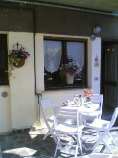 Casa Vittoria holiday apartment iseo lake - Costa Volpino vacation rentals