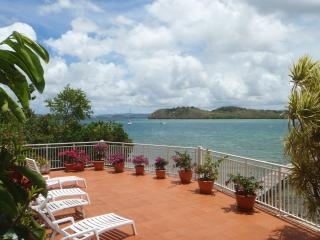 STUDIO KARACOLI 14 VUE MER,PISCINE (pool, seaview) - Trois-Ilets vacation rentals