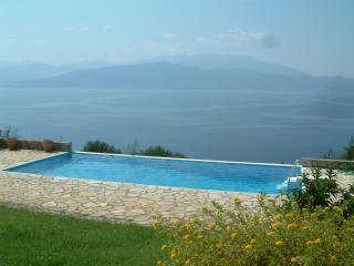 villa-skorponeria  with heartbreaking see view - Politika vacation rentals