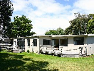 Rest and Relax on Roretana - Waihi Beach vacation rentals