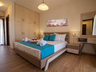 Pearls Of Crete - Ocean Pearl - Makry-Gialos vacation rentals
