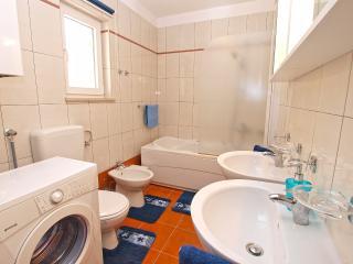 1 bedroom Condo with Internet Access in Banjole - Banjole vacation rentals