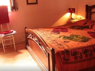 Stanza accogliente al centro storico - Acireale vacation rentals
