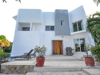 Villa Hacienda Margarita - Playa del Carmen vacation rentals
