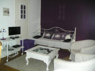 Appartement T3 avec jardinet ouvert toute l'année - Royan vacation rentals