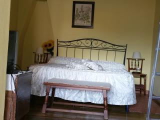 Nice Guest house with Internet Access and A/C - San Vito vacation rentals