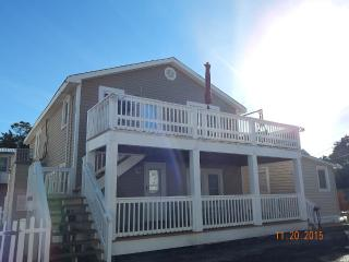 Cherry Grove CottageUp Steps to Cherry Grove Beach - Cherry Grove Beach vacation rentals