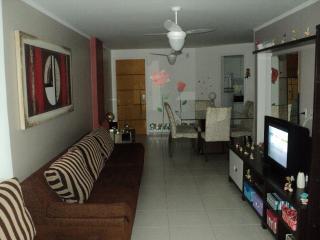 Cozy 2 bedroom Condo in Guarapari - Guarapari vacation rentals