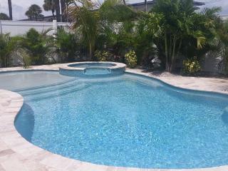 Newly Remodeled 3Bed 2Bath Bungalow Block to Beach - Lido Key vacation rentals