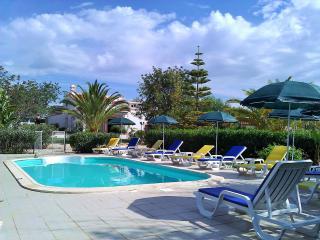 Quinta Casalinho charmant studio duplex piscine - Albufeira vacation rentals