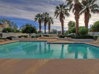 Cozy Condo with Internet Access and Shared Outdoor Pool - La Quinta vacation rentals