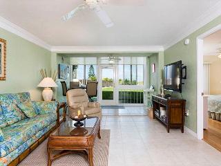Bay Tree Club 106, 2 Bedrooms, 2 Heated Pools, Spa, WiFi, Sleeps 4 - Siesta Key vacation rentals