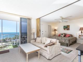 Bonita Beach & Tennis 2806, 1 Bedroom, 8th Floor, 2 Heated Pools, Sleeps 4 - Bonita Springs vacation rentals