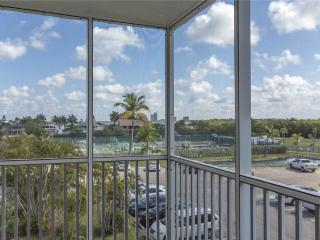 Bonita Beach & Tennis 4302, 1 Bedroom, 3rd Floor, 2 Heated pools, Sleeps 4 - Bonita Springs vacation rentals