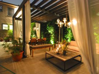 Polished 1920s Duplex with Full Outdoor Living Are - Los Angeles vacation rentals