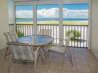 Carlos Pointe 312, 2 Bedrooms, Gulf Front, Elevator, Heated Pool, Sleeps 6 - Fort Myers Beach vacation rentals