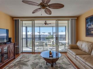 Hibiscus Pointe 342, 2 Bedroom, Canal View, Elevator, Heated Pool, Sleeps 6 - Fort Myers Beach vacation rentals