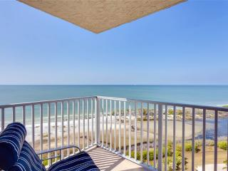 Estero Beach & Tennis 1206A, 1 Bedroom, Elevator, Heated Pool, Sleeps 4 - Fort Myers Beach vacation rentals