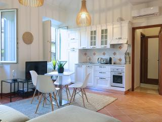 THE BOND -  free parking incl. - Florence vacation rentals