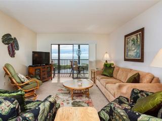 Terra Mar 706, 2 Bedroom, Gulf Front, Elevator, Heated Pool, Sleeps 6 - Fort Myers Beach vacation rentals
