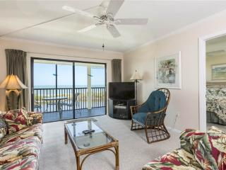 Terra Mar 604, 2 Bedroom, Gulf Front, Elevator, Heated Pool, Sleeps 6 - Fort Myers Beach vacation rentals