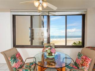 Sandarac A703, 2 Bedrooms, Gulf Front, Elevator, Heated Pool, Sleeps 6 - Fort Myers Beach vacation rentals