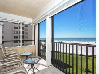Sandarac B611, 2 Bedrooms, Gulf Front, Elevator, Heated Pool, Sleeps 6 - Fort Myers Beach vacation rentals