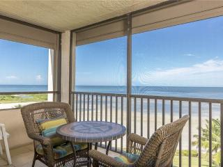 Sandarac B710, 2 Bedrooms, Gulf Front, Elevator, Heated Pool, Sleeps 6 - Fort Myers Beach vacation rentals