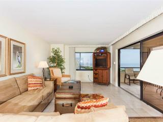 Sandarac B909, 2 Bedrooms, Gulf Front, Elevator, Heated Pool, Sleeps 6 - Fort Myers Beach vacation rentals