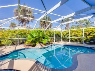 My Beach Villa, 4 Bedroom, Private Heated Pool, Sleeps 10 - Fort Myers Beach vacation rentals
