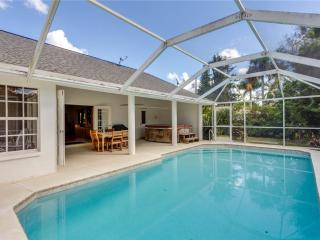 Quiet Retreat, 3 Bedrooms, Heated Private Pool, Sleeps 6 - Fort Myers vacation rentals