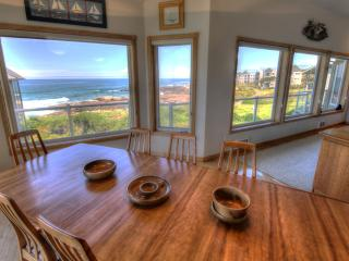 Lovely Ocean Front Home with Hot Tub! FREE NIGHT! - Yachats vacation rentals