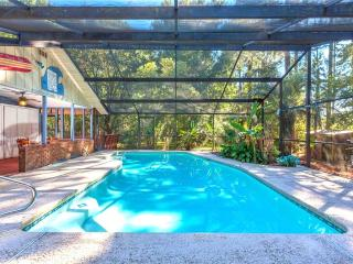 Scarlet Rose River, 4 Bedrooms, Private Pool, Sleeps 8 - Green Cove Springs vacation rentals