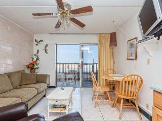 Beacher's Lodge 102, 1 Bedroom, Beach Front, Pool, Elevator, Sleeps 4 - Saint Augustine vacation rentals