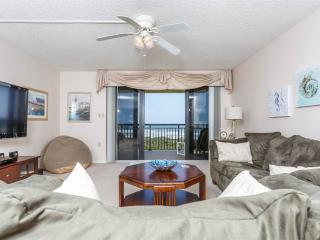 Barefoot Trace 315, 2 Bedrooms, Ocean Front, Pool, WiFi, Sleeps 6 - Saint Augustine Beach vacation rentals