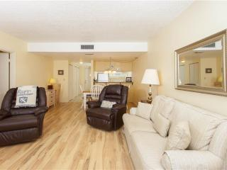 Creston House 11-A, 1 Bedroom, Ground Floor, Pool, WiFi, Sleeps 4 - Saint Augustine vacation rentals