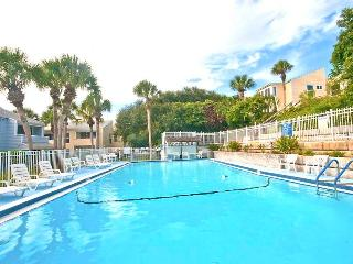 Quail Hollow A8-4D, 2 Bedrooms, Pool, Tennis, WiFi, Sleeps 6 - Saint Augustine vacation rentals